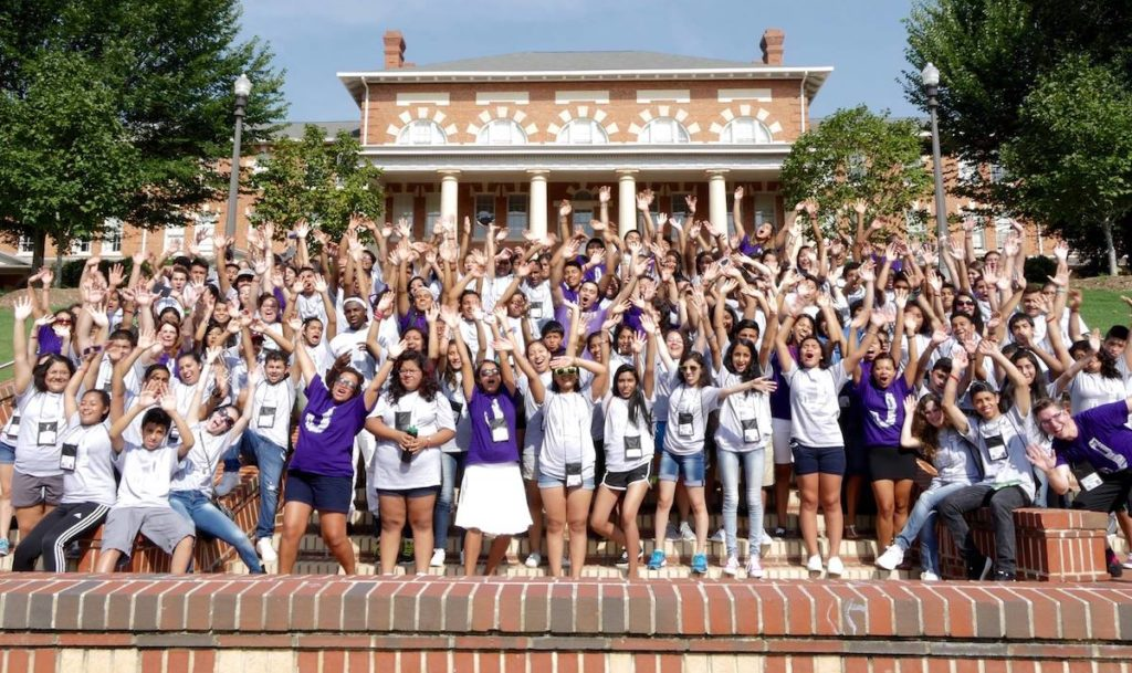 Group photo of Juntos Summer Academy at NC State.